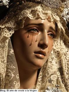 Weeping of Victoria Catholic Art, Religious Art, Jungfrau Maria Statue, Mary Tattoo, La Salette, Virgin Mary Statue, Our Lady Of Sorrows, Religious Tattoos, Blessed Mother Mary