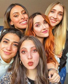 Best Friends, Idol, Couples, Disney, Hair, Photography, Image, Musica, Singers