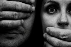 Tres mujeres han sido asesinadas por violencia machista este fin de semana. Tres mujeres han sido asesinadas por el mero hecho de ser mujer. ¿Qué más nos queda por ver?… Pues si nos queda más…