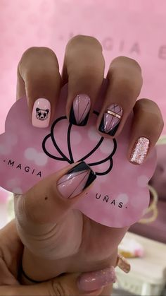 Chrome Nails, Love Nails, Nail Inspo, Nail Designs, Lily, Nail Art, Bling Nails, Simple Elegant Nails, Short Nail Manicure
