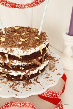 LAYER CAKE CHOCO, MERENGUE Y COCO