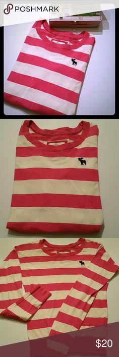 Abercrombie & Fitch,  ladies sweater Abercrombie & Fitch, ladies pink and cream striped sweater. Abercrombie & Fitch Sweaters Crew & Scoop Necks