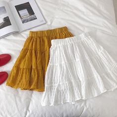 style this with a simple tee or crop top, finished with some layered gold accessories. Crop Top Outfits, Retro Outfits, Skirt Outfits, Cute Comfy Outfits, Casual Outfits, Skirt Fashion, Fashion Outfits, Cute Skirts, Pretty Dresses