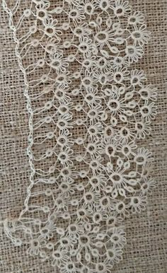 Antique Hand Tatted Lace Collar Fine Tatting Century Victorian – My Unique Wardrobe Needle Tatting, Tatting Lace, Tatting Patterns Free, Crochet Patterns, Hand Tats, Sewing Basics, Basic Sewing, Sewing Kits, Lace Collar