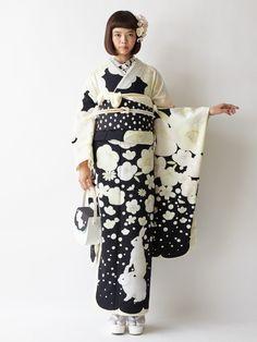 "tanuki-kimono: ""Snow rabbit furisode outfit by Furifu (the hidden carrot is far too cute! Yukata Kimono, Kimono Japan, Kimono Outfit, Kimono Fabric, Japanese Kimono, Ethnic Fashion, Kimono Fashion, Modern Kimono, Kimono Design"