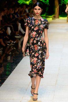 Dolce & Gabbana Spring 2017 Ready-to-Wear Collection Photos - Vogue