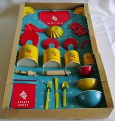 VINTAGE CHILDS PASTRY CANISTER SET:OHIO ART CO:COMPLETE IN ORIG BOX:MINTY #OhioArtCo