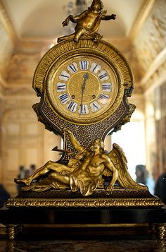 Clock in Versailles