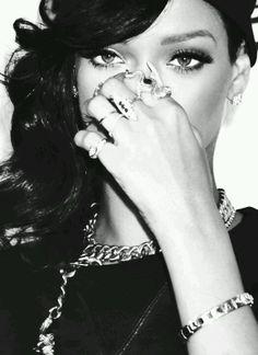 Rihanna's eye makeup. 'Nuff said. #Inspiration. XOXO, Aya