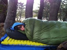 A great list with links to buy ultra light backpacking sleeping pads (air pads, self-inflating pads, foam pads & air mattresses) - categorized by type, R value and weight