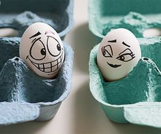 Funny eggs with faces drawn on them, egg art, and easter eggs. Egg Pictures, Funny Pictures, Hilarious Photos, Profile Pictures, Videos Funny, Huevo Cartoon, Still Life Pictures, Funny Eggs, Cute Egg
