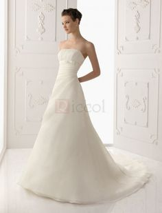 ❀ Elegant Pleating Strapless Chapel Train Organza Wedding Dresses | Riccol ❤