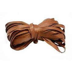 Rafia para envolver, bicolor marrón claro y marrón oscuro, lazo para packaging de #jabones, #velas y manualidades. Disponible en Gran Velada. #diy
