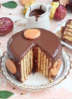 Délices d'Orient: Mogador vertical cake