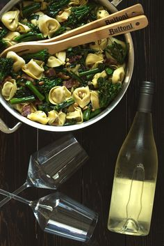 Our new Chicken and Roasted Garlic Tortelloni pairs perfectly with the bright and fresh notes of a classic Soave. Grab a wine glass and someone special for a refreshing take on dinner.