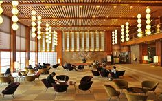 The Hotel Okura was forged by a team of Japanese masters. This committee of architects, designers, and fine artists—headed by Yoshiro Taniguchi and Saburo Mizoguchi—created a space that modernized traditional Japanese Wa (harmony) designs and materials.