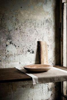 Japanese Aesthetic: 35 Wabi Sabi Home Décor Ideas - DigsDigs Wabi Sabi, Japan Design, Kintsugi, Tadelakt, Japanese Aesthetic, Rustic Interiors, Interior Design Kitchen, Kitchen Decor, Interior Plants