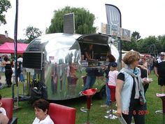Concession-Airstream-trailers  in France!?!
