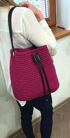 Trend Handbag, Shoulder Bag, Backpack and Market Bag Designs. Page 62 Popular Crochet Bag Models. Trend Handbag, Shoulder Bag, Backpack and Market Bag Designs. Page 62 Beach Tote Crochet Pattern Free Crochet Bag, Crochet Tote, Crochet Handbags, Crochet Purses, Easy Crochet, Knit Crochet, Popular Crochet, Bag Pattern Free, Modern Crochet