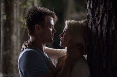 Pin for Later: The Best Movie Kisses of All Time Safe Haven Alex (Josh Duhamel) and Katie (Julianne Hough) have one of the best first kisses — up against a tree, no less!