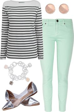 mint jeans outfit need to find me a stripped shirt! Mint Jeans Outfit, Colored Jeans Outfits, Jean Outfits, Fall Outfits, Summer Outfits, Fashion Outfits, Teal Jeans, Mint Green Pants, Stylish Outfits