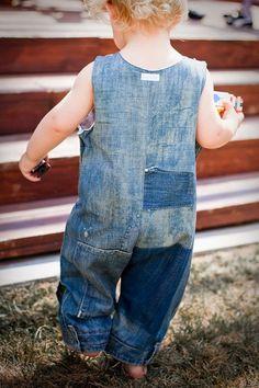 ::: OutsaPop Trashion ::: DIY fashion by Outi Pyy :::: DIY toddler overalls
