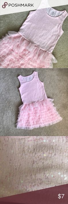 🌸🌸Pretty in Pink Sparkle Dress🌸🌸 The Children's Place fun and sparkly dress. Excellent condition. Smoke-free, pet-free home. The Children's Place Dresses Formal