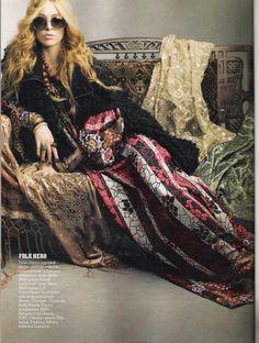 Raquel Zimmermann goes Boho for Vanity Fair - Boho Glamour Hippie Chic, Hippie Style, Boho Chic, Bohemian Mode, Hippie Bohemian, Gypsy Style, Boho Gypsy, Bohemian Style, Hippie Masa