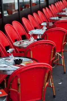 Chaise Rouge. a little bistro in Paris that I always try to visit whenever I'm there. The owners are a sweet couple who are friends with my mother & grandmother.