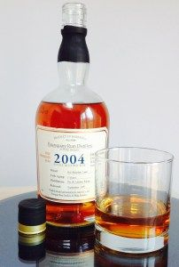 Foursquare Rum Distillery 2004 rum review by the fat rum pirate