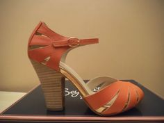 cute Seychelles On-the-floor Melon  Leather heels