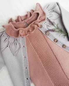 I just want to be a librarian. Knitting For Kids, Baby Knitting Patterns, Little Girl Fashion, Kids Fashion, Toddler Girl Style, Baby Sweaters, Baby Wearing, Baby Dress, Dahlia