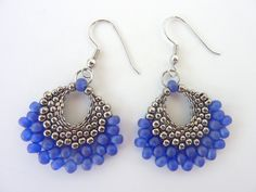 FREE beading pattern for earrings made entirely from different size seed beads, woven into a fan shape using peyote stitch.~ Seed Bead Tutorials