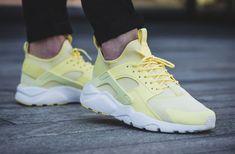 8125bf43766 NIKE AIR HUARACHE RUN ULTRA BR LEMON CHIFFON   SUMMIT WHITE LIMITED EDITION   Nike  RunningShoes