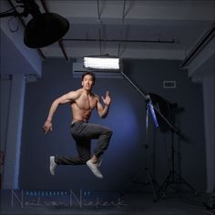 Fitness photo session in the studio - Tangents Portrait Lighting, Fitness Photos, Fitness Photography, Photography Tutorials, Photo Sessions, Gym Workouts, Physique, Studio, Concert