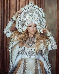 Weddings Around the World: Russian Brides — NK Bride Russian Traditional Dress, Traditional Dresses, Russian Style, Russian Beauty, Russian Fashion, Imperial Fashion, Russian Wedding, Russian Brides, Fairytale Fashion