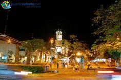 Plaza de Armas e Iglesia de Nuestra Señora de Guadalupe / Main Square.And so far most favorites place I've been in Mexico beautiful.....