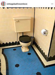 Retro Bathrooms, Beautiful Space, Toilet, Instagram, Design, Flush Toilet, Rustic Bathrooms, Toilets