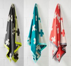 Aura Crosses Bath Towel Range