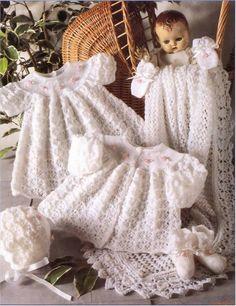 Conjunto de chaquetas, vestidos, gorros, pinetok, mitones y mantas para el bebé. Comentarios: LiveInternet - Russian servicios en línea Diaries