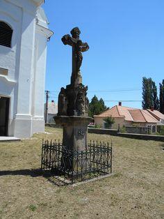 Hungary, Fountain, Outdoor Decor, Travel, Home Decor, Viajes, Decoration Home, Room Decor, Water Fountains
