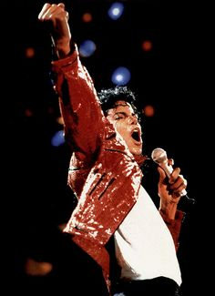 Photo of Bad Tour (Beat IT) for fans of Michael Jackson 7627458 Jackson 5, Beat It Michael Jackson, Jamie Cullum, Michael Jackson Wallpaper, Freddie Mercury, King Of Music, The Jacksons, We Are The World, Portraits