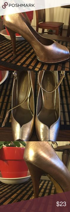 Gold Metallic open toe heel. PRICE FIRM!!! Gold Metallic, size 10, ankle strap, peep toe, REPOSH, 5 inch heel. Great condition!!! BCBGeneration Shoes Heels