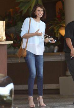 Lauren Cohan - Lauren Cohan Leaving The Four Seasons Hotel