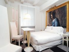 The Paramount Hotel Nyc Hotels, New York Hotels, Paramount Hotel, Superior Room, One Bed, White Sofas, Apartment Interior Design, House Design, Hotel Bedrooms