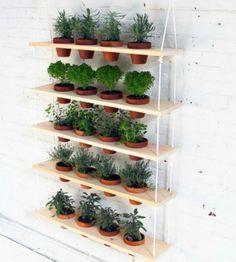 custom potted hanging herb garden diy inneneinrichtung balkon und einrichtung. Black Bedroom Furniture Sets. Home Design Ideas