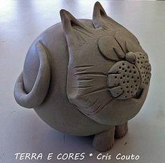 Gato....modelagem (cris couto 73) Tags: ceramica cat ceramic clay gato pottery bola argila