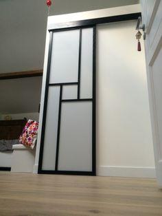 Monter une cloison japonaise pinterest japon biombos - Fabriquer porte coulissante japonaise ...