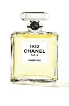 Les Exclusifs de Chanel 1932 Parfum by Chanel. Launched in 2014. The nose behind this fragrance is Jacques Polge. Notes include aldehydes, neroli, bergamot, jasmine, rose, ylang-ylang, carnation, lilac, vetiver, orris, opoponax, sandalwood, incense, musk, ambrette (musk mallow), vanilla and coumarin.
