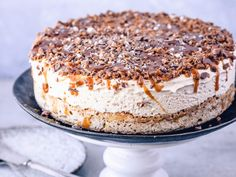 Daimiskake | Godt.no Parfait, Tiramisu, Cakes, Ethnic Recipes, Desserts, Food, Tailgate Desserts, Deserts, Cake Makers